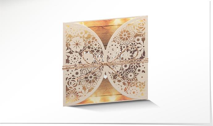 Hochzeitseinladung Lasercut 771 Mit Holz Optik Und Festlichen